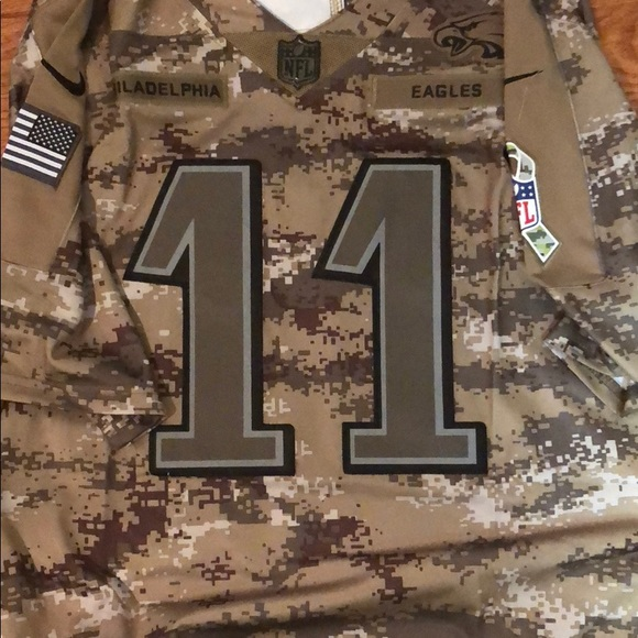 6f44b5eb4 NFL salute to service Eagles. NWT. Nike